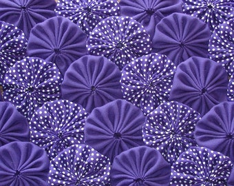 Purple Polka Fabric Yo Yo Quilt Applique Suffolk Puff Scrapbook Embellishment