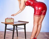 SEAMED LATEX STOCKINGS