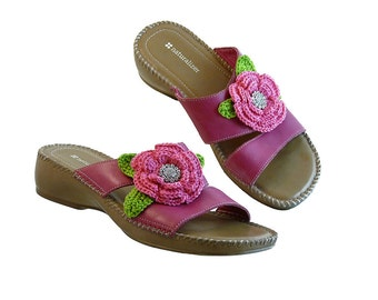 Sandals Shocking Pink Leather  w Huge Pink Flowers and Rhinestones // Resort Vacation Cruise Beach Wedding  // Bling for Spring Size 8 1/2 M