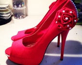 Rose of Pearl Hand-Decorated Pumps Size 9