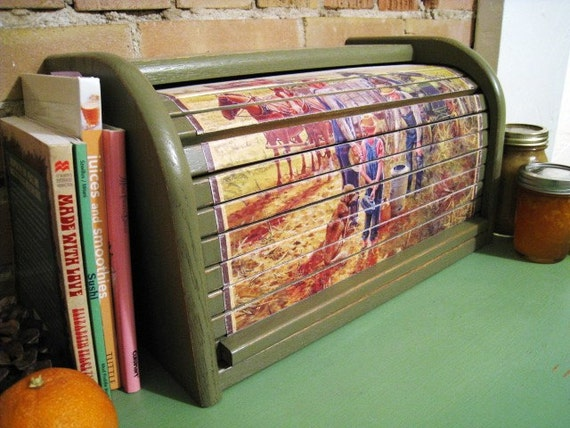 Family Farm Wooden Rolltop Bread Box Kitchen Decor