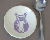 Small owl dish in purple.