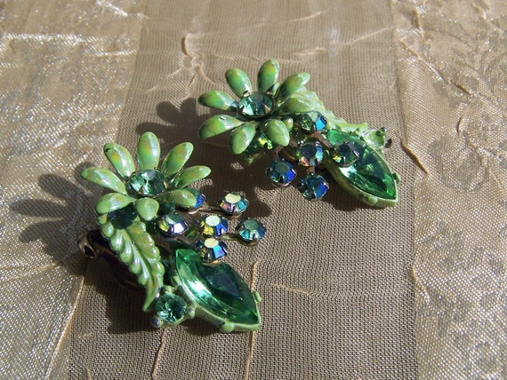 Coupon SALE-Vintage 50s/60s Stunning Green Enamel and Colored Rhinestone Floral Earrings