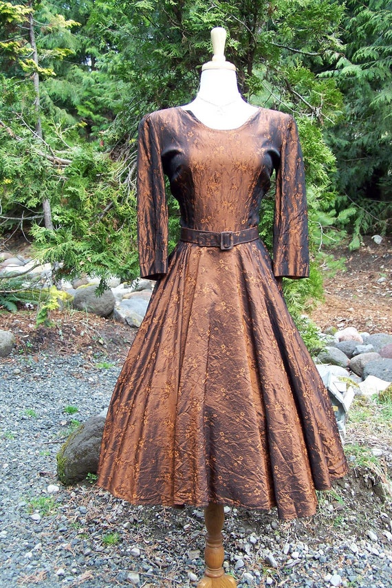Burnt Copper Metallic Silk Taffeta Embossed Embroidery-Stunning Vintage 1940s/ early 50s Full Sweep Dress