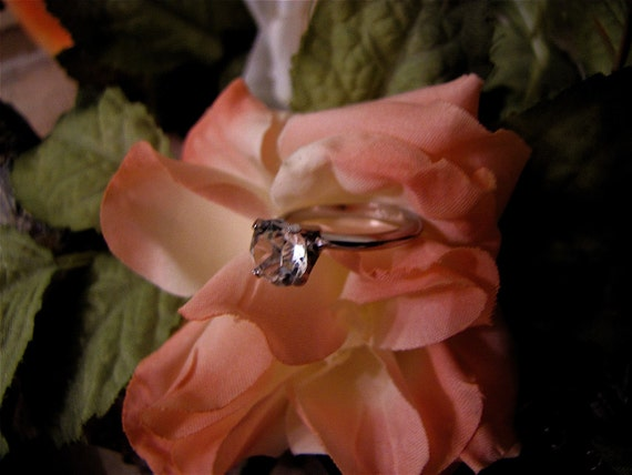 Vintage   Solitaire   Cubic Zirconia Ring In Silver