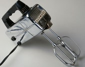 Vintage Kenmore Hand mixer Retro and it works