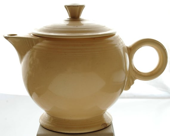 RESERVED Vintage Fiesta Homer Laughlin Teapot  SALE