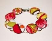 Rachael's Funky Flower Child Cover Button Bracelet