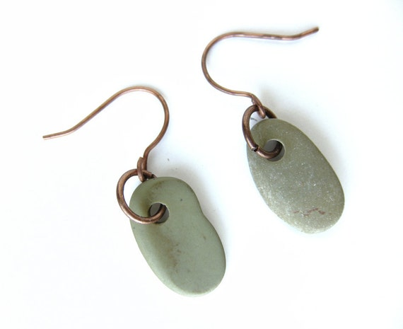 River rock earrings - natural jewelry - Green and Copper Pebble Earrings - 000