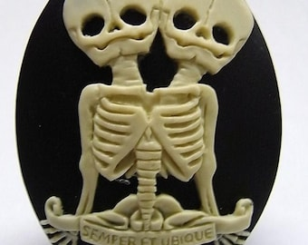 "Conjoined Twins ""Semper et Ubique"" Cameos 40x30mm, set of 3 in Ivory on Black"