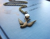 Diving Bird - Necklace