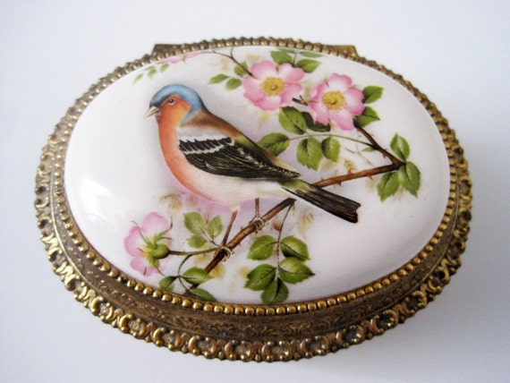 Vintage Collectible Musical Jewelry Box Bird Design