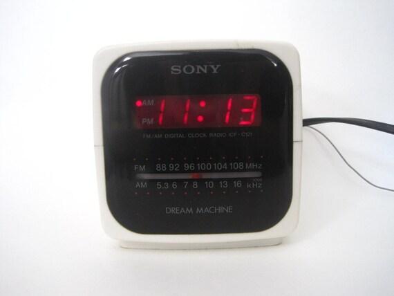 Vintage Retro Sony Dream Machine Alarm Clock Radio Mod Cube