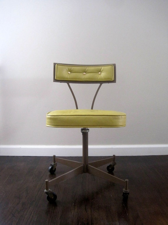 Mid Century Modern Chair 1950s California: ON HOLD. Mid Century Modern 1950s Rolling Desk Chair