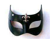 Nyx Leather Mask