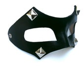 Bandit with Pyramids Leather Mask
