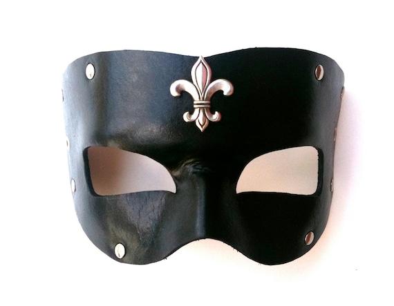Momus Leather Mask