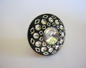 Flapper Girl antique rhinestone 1970s  vintage button ring