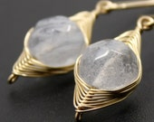 Crystal quartz on woven goldfilled wire - Earrings