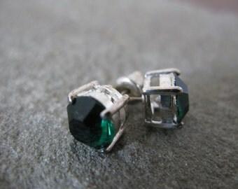 Emerald Green Glass Earrings
