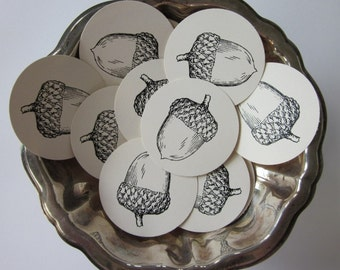 Acorn Tags Round Paper Gift Tags Set of 10