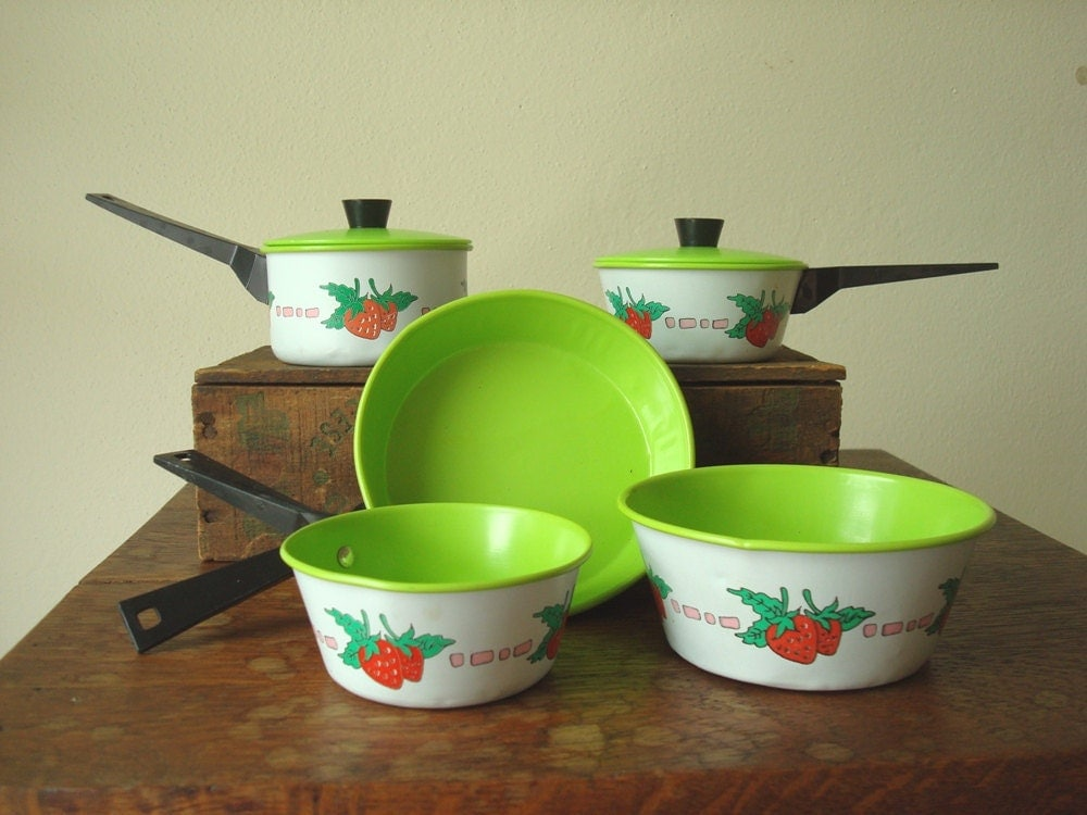 Toy Pots And Pans : Vintage toy pots pans strawberries and lime by