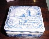Delft Blue Holland Dresser Box Vintage Made in Holland item#32357