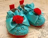 RETRO-turquoise beaded baby shoes