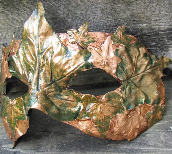 Copper Greenman leaf mask with green ivy leaves