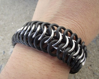 Chainmail 6-in-1 European Weave Stretch Bracelet, Large Aluminum and Rubber Bracelet