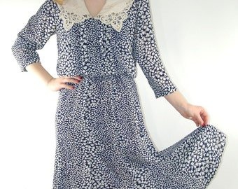 Vintage Dress with Bow Print