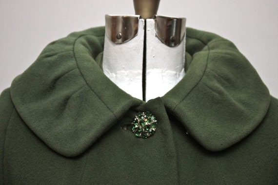 Vintage Women's Emerald Green Wool Coat with Rhinestone Buttons Size Small
