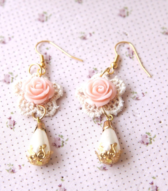 Lace earrings with a pink rose - bridal earrings