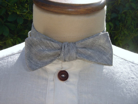 Light Grey  Linen Adjustable Bow Tie and Matching Pocket Square