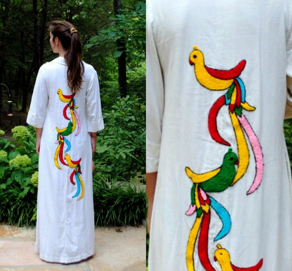 Vintage Maxi Caftan - Exotic Birds - Muslin Gauze - Cream Red Turquoise Green Blue Yellow - Embroidered - Ethnic - 1970s Long Dress S/M