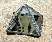4 inch Pyramid Box