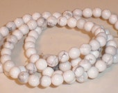 White Howlite Round Beads 4mm
