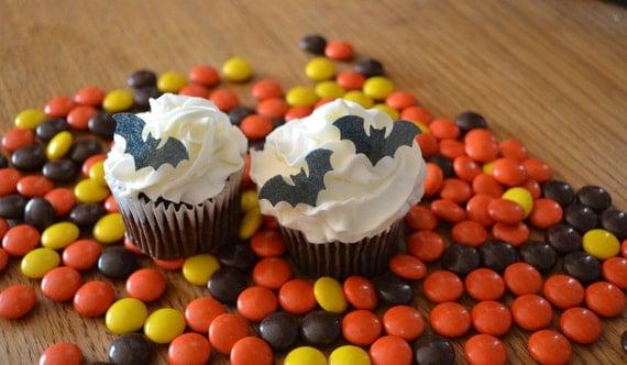 Edible Halloween Bats - 2 dozen - Cake & Cupcake toppers - Food Accessories