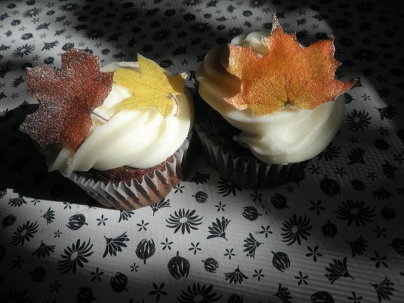 Wedding Cake Topper 10 Edible Fall Leaves - Cake & Cupcake toppers - Food Accessories