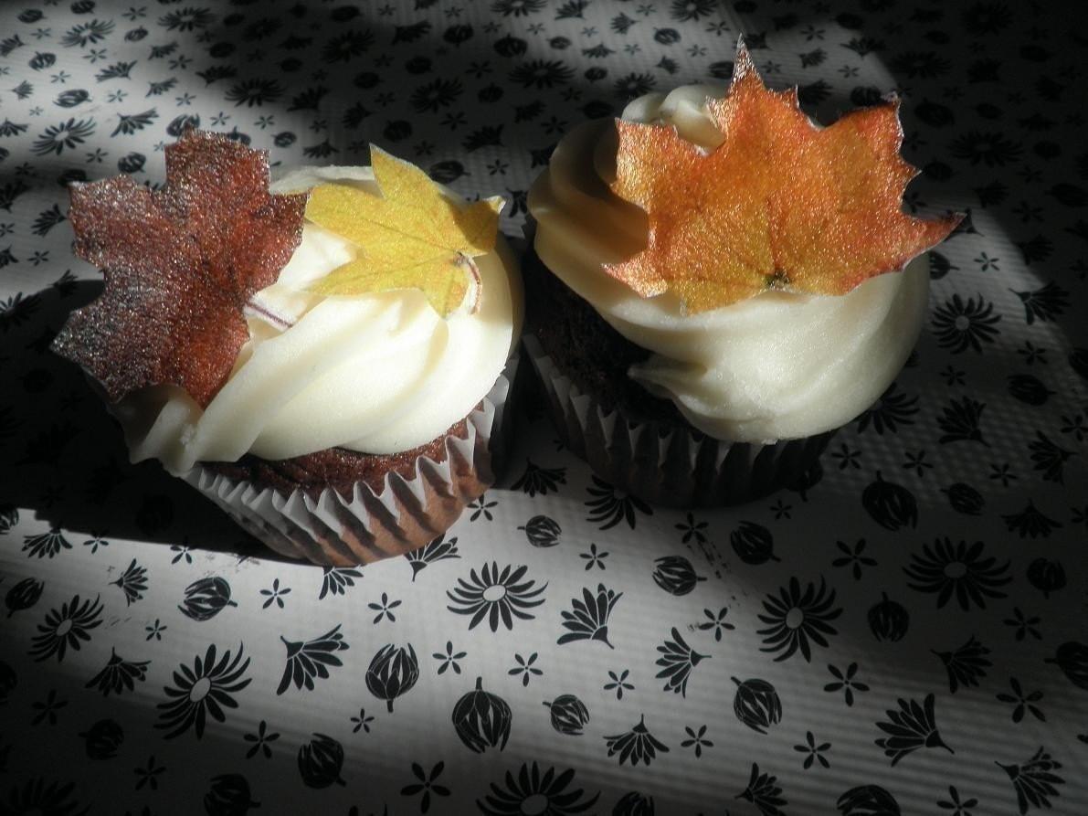 Wedding Cake Topper 10 Edible Fall Leaves Cake & Cupcake