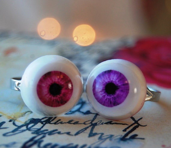 Ocular's Original eyeball rings