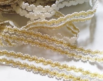2 yards - Gold elastic lace Trim - size 13 mm