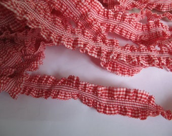 2 yards - RED Gingham ruffle cotton elastic trim - size 23 mm