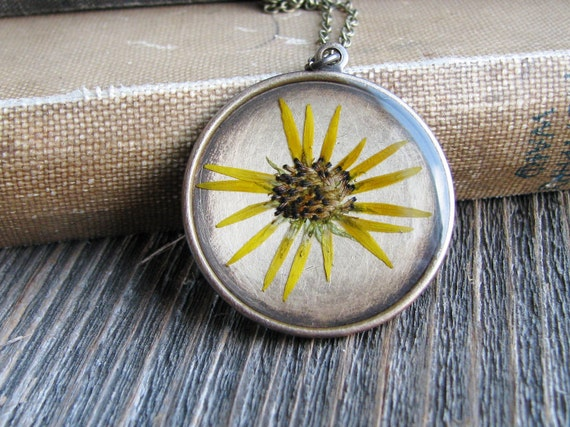 Yellow Daisy Necklace Botanical Jewelry Pressed Flower Resin Antique Brass Chain