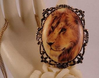 Magnificent Lion Cameo Leo Zodiac Pendant/Brooch/Necklace Combination