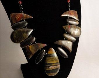 Stunning  Tigereye Gemstone Necklace