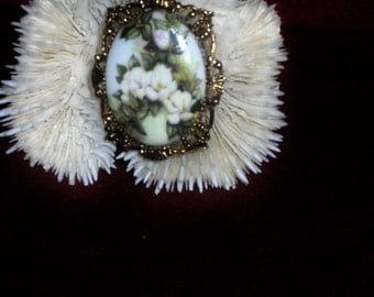Beautiful Magnolia Blossoms in a Pot......Cameo Pendant/Brooch/Necklace