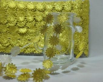 Metallic Gold Sun Flowers Trim