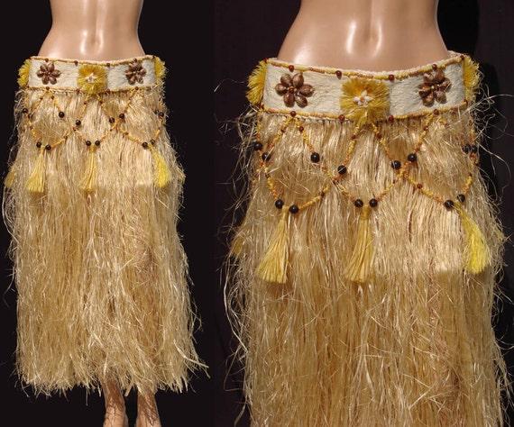 Vintage 60s Hawaiian Grass Hula Skirt With Shell Amp Tassel