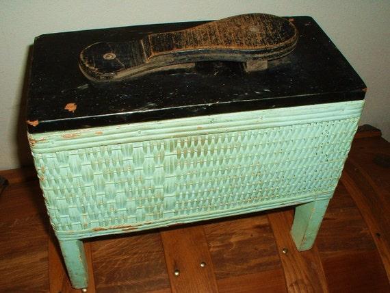 Vintage Wood Wicker Shoe Shine Box Kit RARE Find